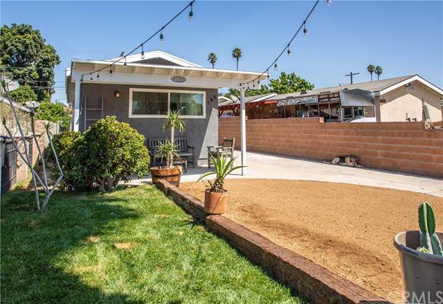 145 E 77th Street, Los Angeles, CA 90003 (#302279853) :: Whissel Realty