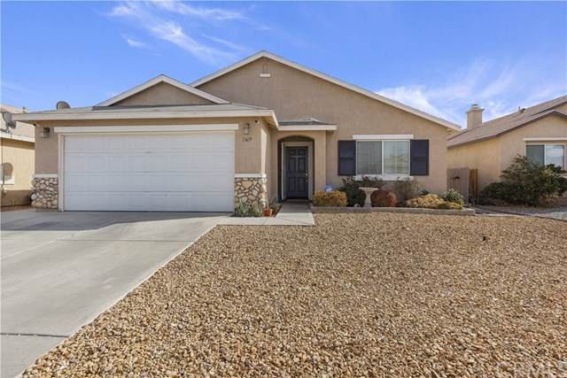 13619 Brynwood Road, Victor Valley, CA 92392 (#302289212) :: Whissel Realty