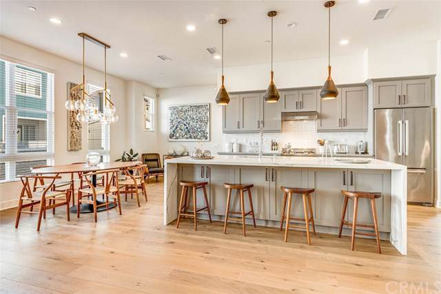 2111 Tidewater Circle, Costa Mesa, CA 92627 (#302295447) :: Cane Real Estate