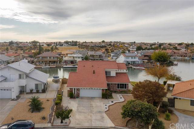 18196 Pier Drive, Victorville, CA 92395 (#302295520) :: The Yarbrough Group