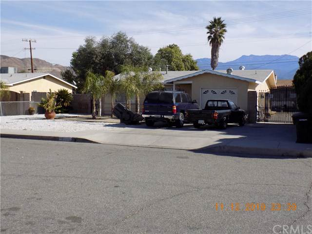 641 S Cecilia, San Jacinto, CA 92583 (#302295599) :: Cane Real Estate
