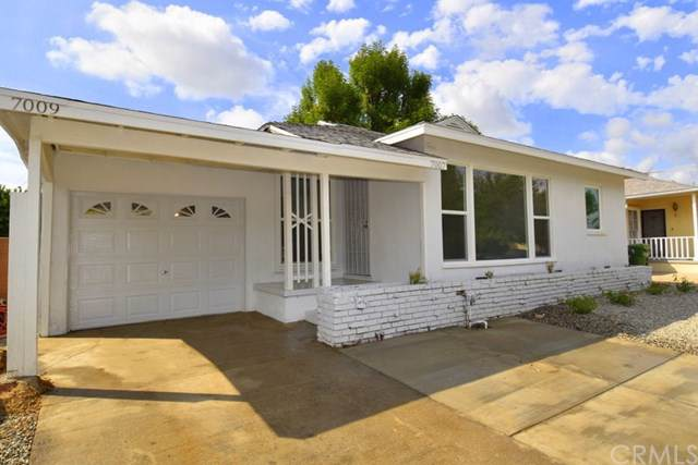 7007 Claire Avenue, Reseda, CA 91335 (#302296174) :: Whissel Realty
