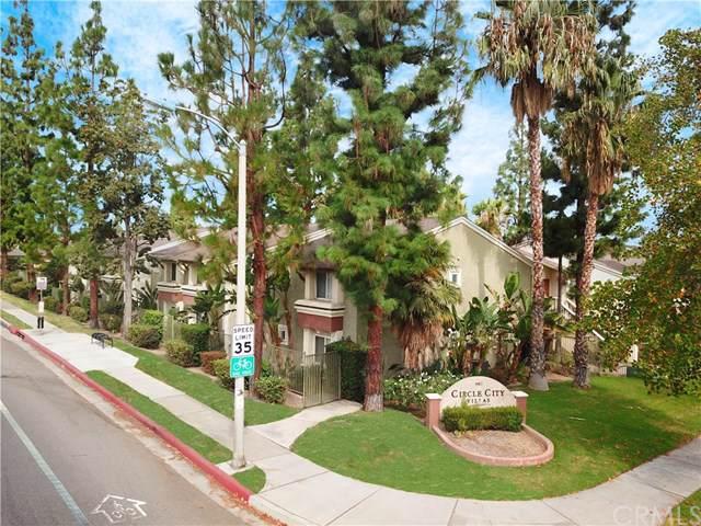 1087 Circle City Drive, Corona, CA 92879 (#302296672) :: Whissel Realty