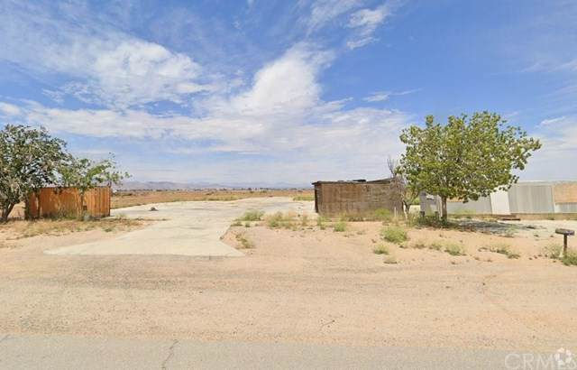 7931 Moss Ave, California City, CA 93505 (#302297043) :: Whissel Realty