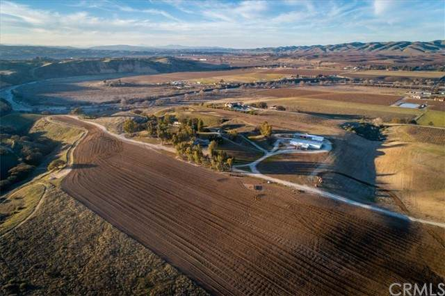 7201 Airport, Paso Robles, CA 93446 (#302297753) :: Keller Williams - Triolo Realty Group