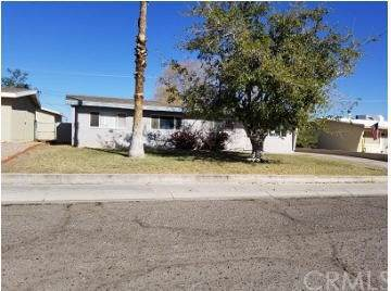 2005 Luna, Needles, CA 92363 (#302302869) :: Whissel Realty