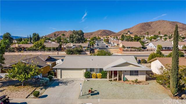 28851 Portsmouth Drive, Menifee, CA 92586 (#302304091) :: Whissel Realty