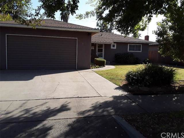 4338 E Swift Avenue, Fresno, CA 93726 (#302304914) :: Whissel Realty