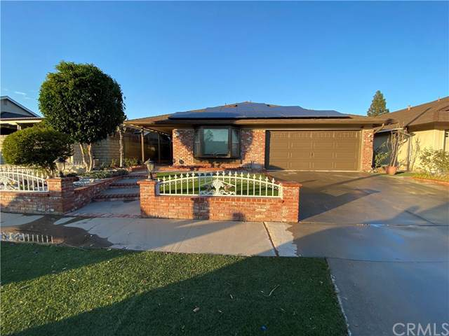4643 E Greenwood Drive, Anaheim, CA 92807 (#302308203) :: Whissel Realty