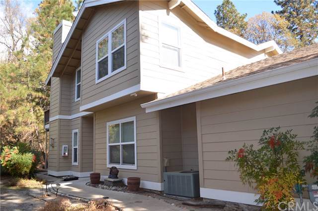 40507 Road 222 #102, Bass Lake, CA 93604 (#302309254) :: Whissel Realty