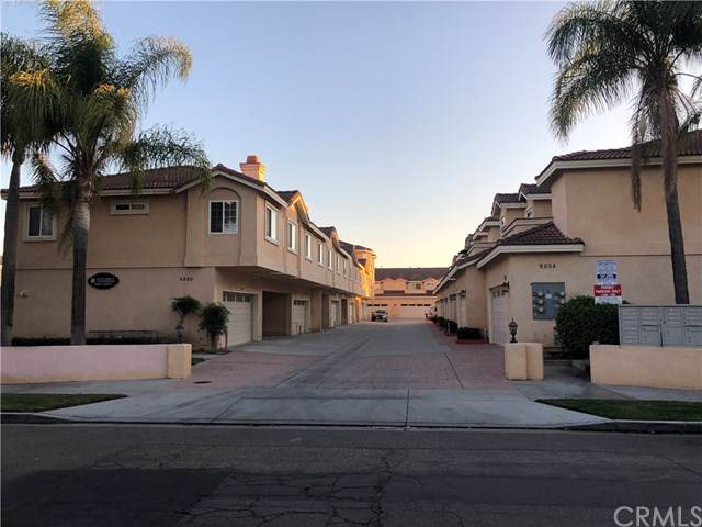 9884 S 11th Street, Garden Grove, CA 92844 (#302311370) :: Whissel Realty