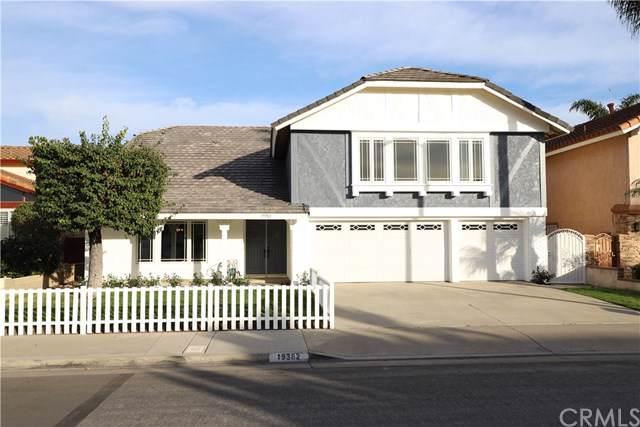19382 Coralwood Lane, Huntington Beach, CA 92646 (#302311501) :: Compass