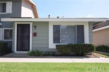 19769 Claremont Lane, Huntington Beach, CA 92646 (#302311742) :: Compass