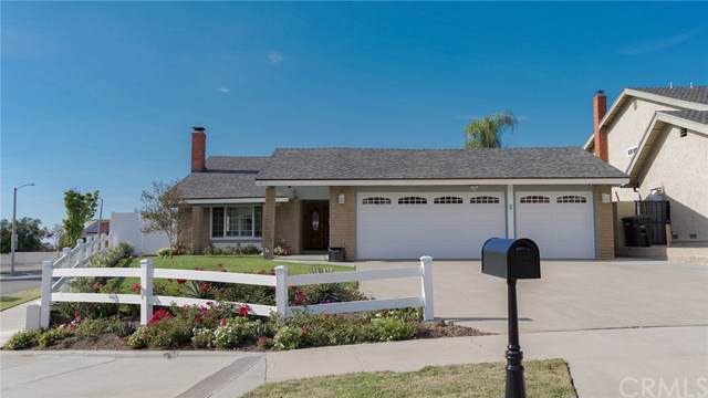 226 N Quail Lane, Orange, CA 92869 (#302312586) :: Whissel Realty