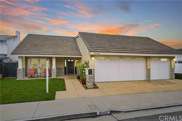 20401 Regal Circle, Huntington Beach, CA 92646 (#302314074) :: Compass