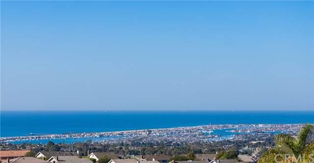 2 San Sebastian, Newport Beach, CA 92660 (#302314075) :: Whissel Realty