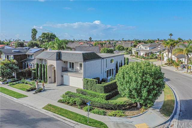 16791 Baruna Lane, Huntington Beach, CA 92649 (#302314364) :: Compass