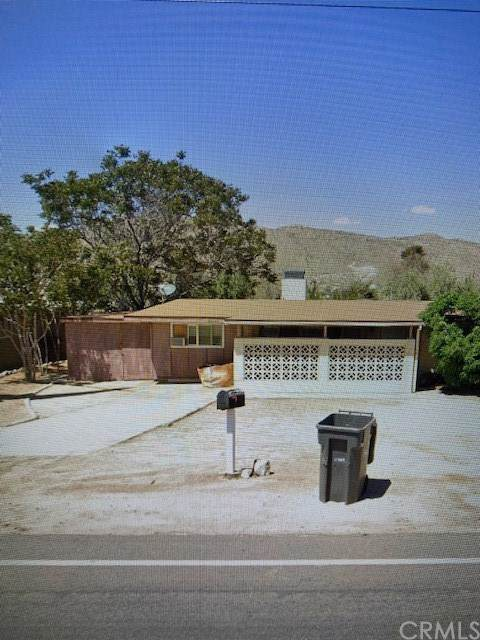 56144 Onaga, Yucca Valley, CA 92284 (#302315019) :: Whissel Realty