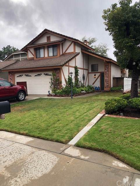 1055 Holt Drive, Placentia, CA 92870 (#302315082) :: The Yarbrough Group