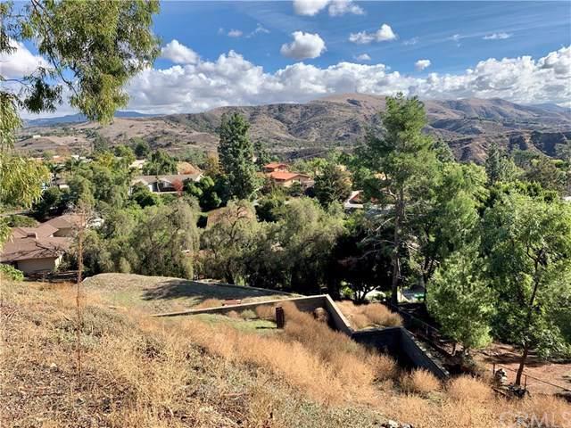 10321 Overhill, Santa Ana, CA 92705 (#302315581) :: Whissel Realty