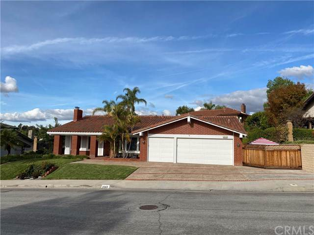 2043 E Vista Mesa Way, Orange, CA 92867 (#302315829) :: Whissel Realty