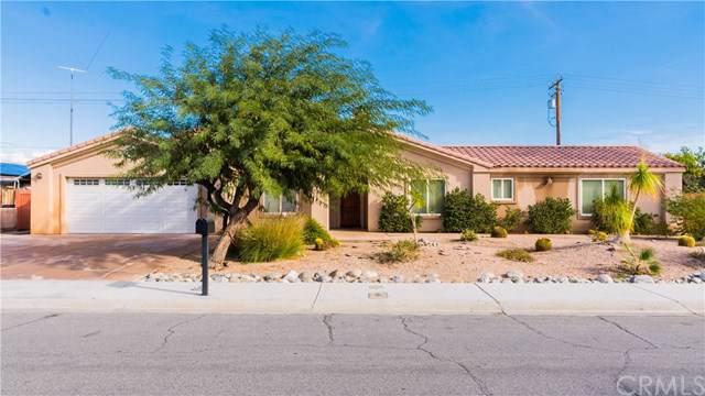 2290 N Whitewater Club Drive, Palm Springs, CA 92262 (#302316192) :: COMPASS