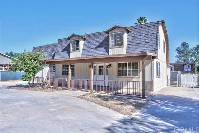 19846 Grand Avenue, Lake Elsinore, CA 92530 (#302316964) :: Whissel Realty