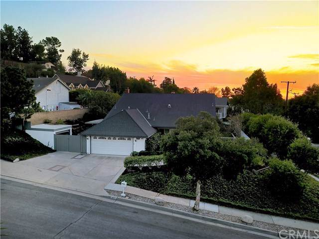 960 N Capistrano Place, Orange, CA 92869 (#302317000) :: Whissel Realty