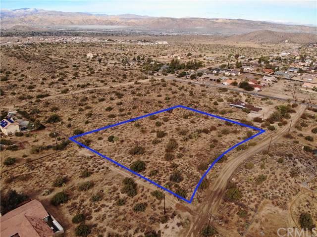 8990 Kaiulani, Yucca Valley, CA 92284 (#302317486) :: Cay, Carly & Patrick | Keller Williams