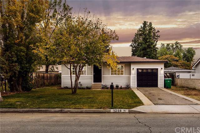 1258 Palm Avenue, Beaumont, CA 92223 (#302319527) :: Whissel Realty