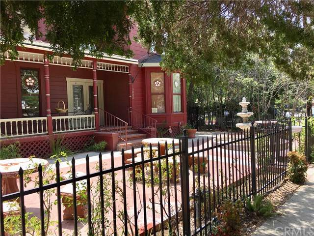 3882 12th Street, Riverside, CA 92501 (#302320065) :: Whissel Realty