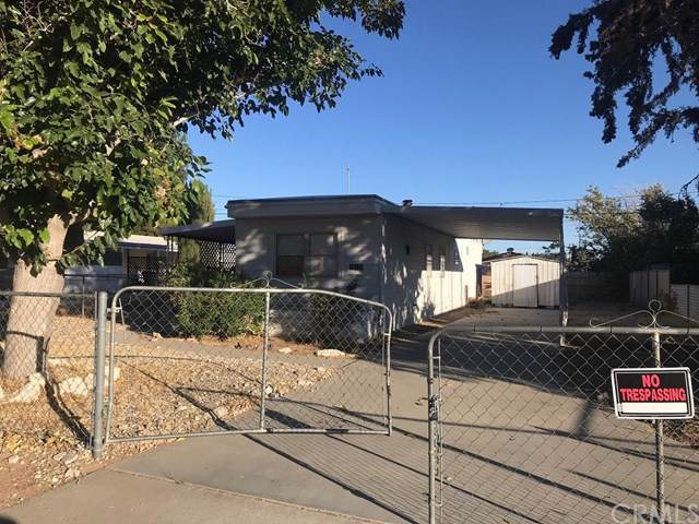 19128 Danbury Avenue, Hesperia, CA 92345 (#302320382) :: Whissel Realty