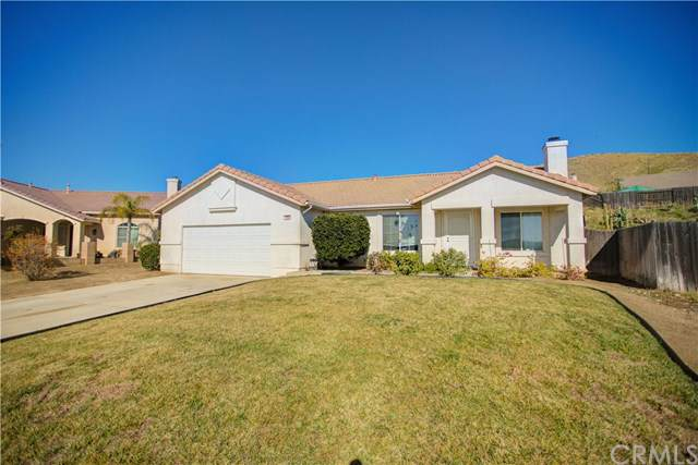 1560 Eucalyptus Drive, Banning, CA 92220 (#302320689) :: Whissel Realty