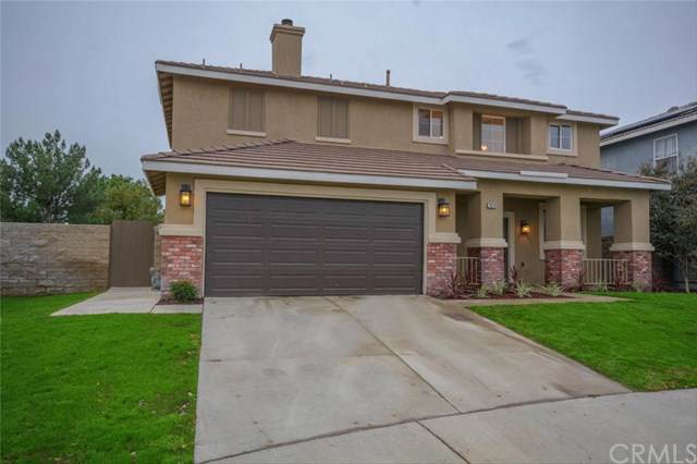 7074 Fremontia Avenue, Fontana, CA 92336 (#302320690) :: Whissel Realty