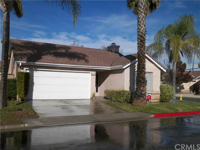 2100 Glenwood Avenue, Hemet, CA 92545 (#302321295) :: Whissel Realty