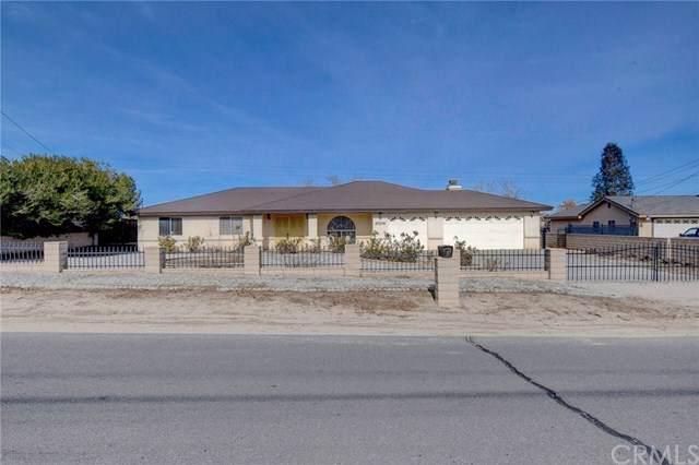 17274 Seaforth Street, Hesperia, CA 92345 (#302321317) :: Whissel Realty