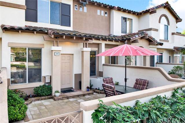 2393 Ternberry Court, Tustin, CA 92782 (#302321872) :: Whissel Realty