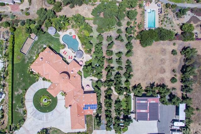 4265 Citrus Drive, Fallbrook, CA 92028 (#302322602) :: Whissel Realty