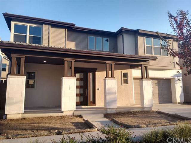 118 Drama, Irvine, CA 92618 (#302322662) :: The Yarbrough Group