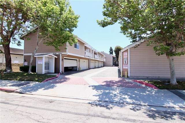 9918 13th Street #2, Garden Grove, CA 92844 (#302326579) :: Whissel Realty