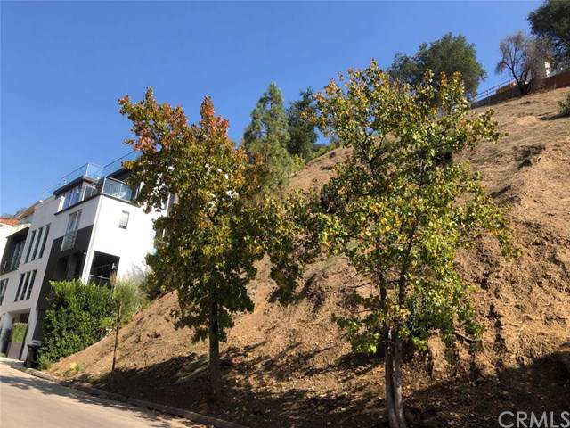 1422 Lindacrest, Beverly Hills, CA 90210 (#302334199) :: Whissel Realty