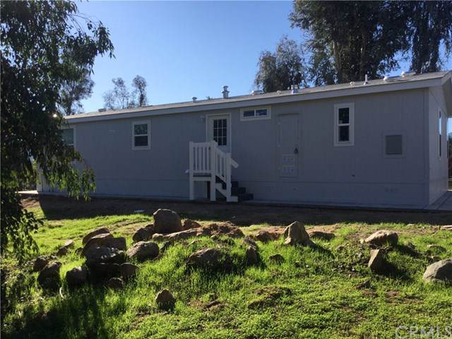 18040 Eucalyptus Avenue, Lake Elsinore, CA 92532 (#302399571) :: Whissel Realty