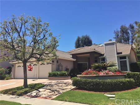 24855 Crown Royale, Laguna Niguel, CA 92677 (#302402413) :: Compass