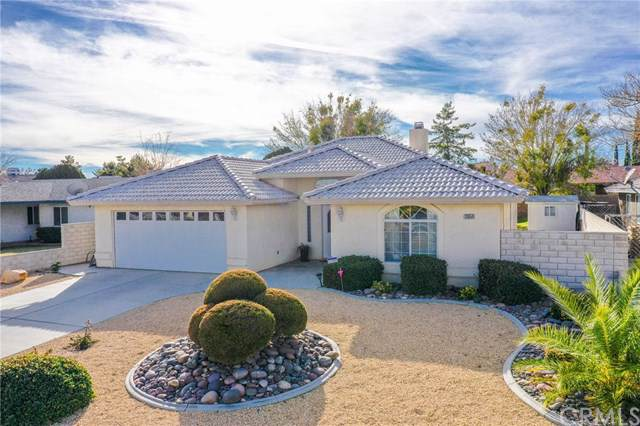 12654 Fairway Road, Victorville, CA 92395 (#302403950) :: The Yarbrough Group