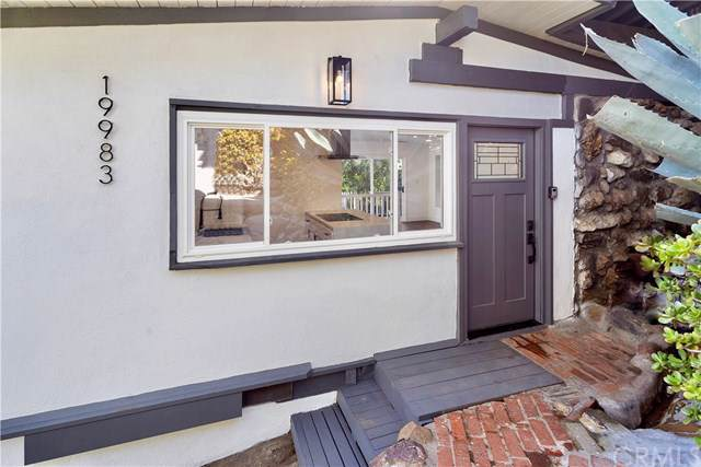 19983 Valley View Drive, Topanga, CA 90290 (#302404697) :: Keller Williams - Triolo Realty Group