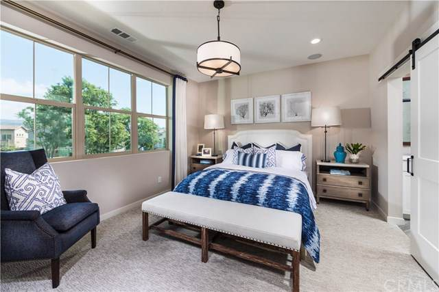 211 Red Brick Drive #2, Simi Valley, CA 93065 (#302405444) :: Coldwell Banker West