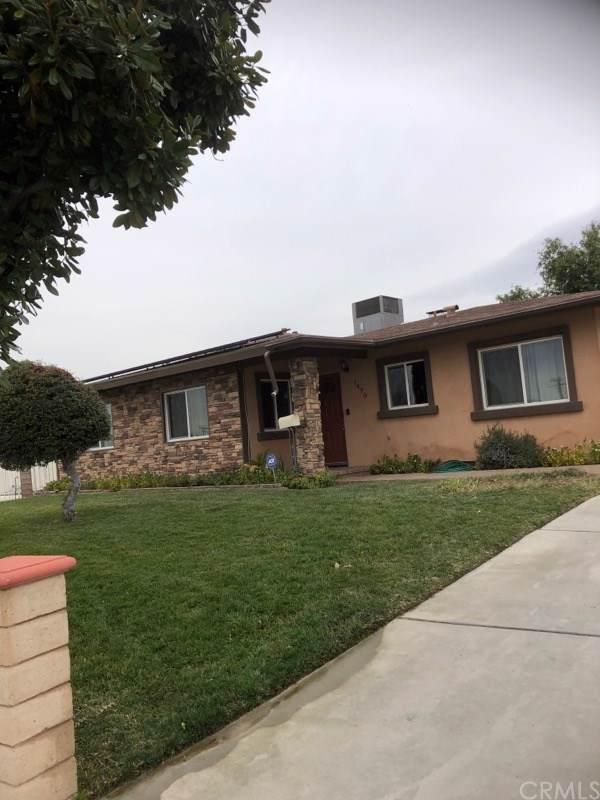 1470 E Alto Drive, San Bernardino, CA 92404 (#302406478) :: The Yarbrough Group