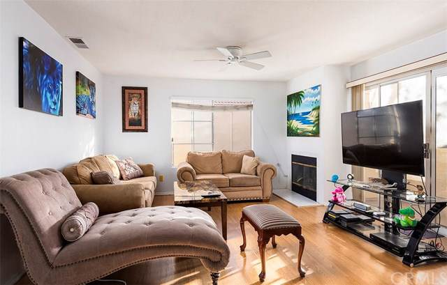 21248 Camelia #8, Lake Forest, CA 92630 (#302406497) :: Whissel Realty