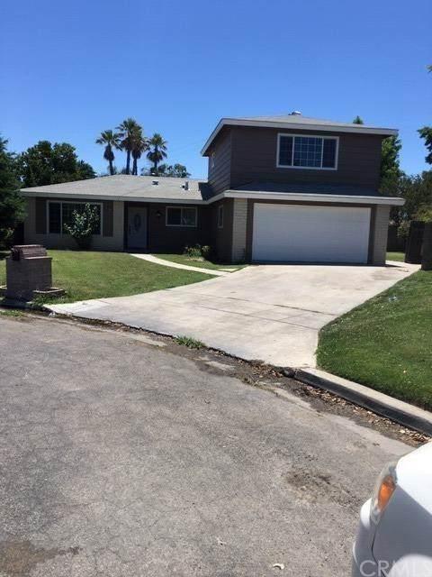 2704 Willow Drive, MADERA, CA 93637 (#302406960) :: Cay, Carly & Patrick | Keller Williams