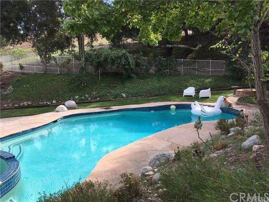 19565 Aliso View Circle, Lake Forest, CA 92679 (#302407806) :: The Yarbrough Group
